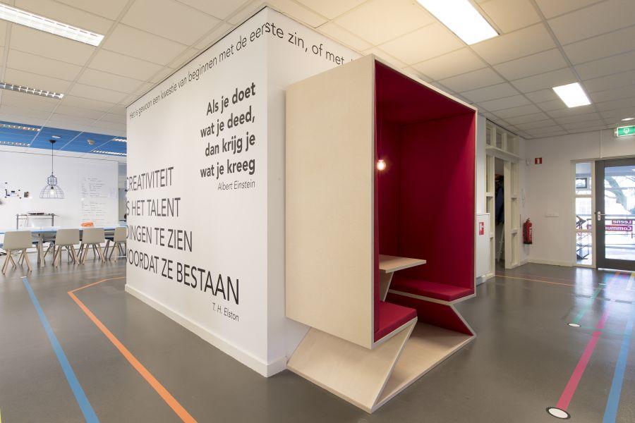 Leene kantoor muurtekst